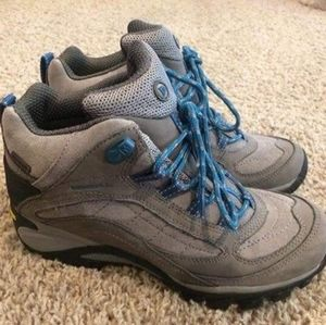 Women's Merrell Hiking Boots NEW